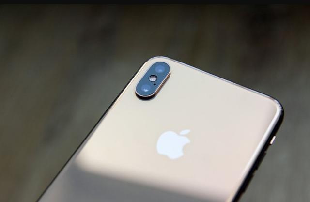 揭秘中国版的iPhone Xs Max,实体双卡双待有何不同?