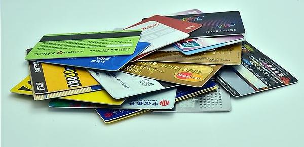 怎样刷信用卡才能避免被银行风控?掌握正确刷卡技巧是关键!