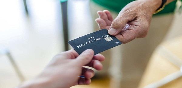 有信用卡必下款的口子是哪些?只要有信用卡,它们就能秒出额度~