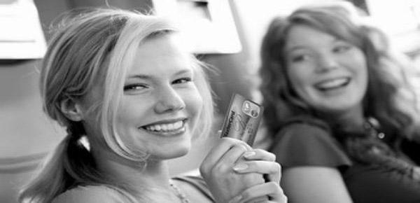 哪种浦发信用卡很适合年轻人申请?这几款青春时尚又易下卡!