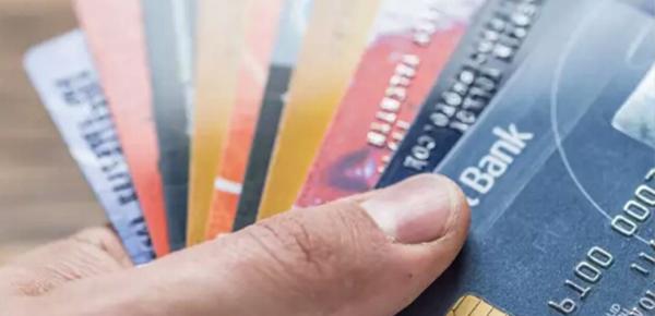 农业银行白户申请信用卡好批吗?信用卡秒批额度2万的秘籍都在这了!