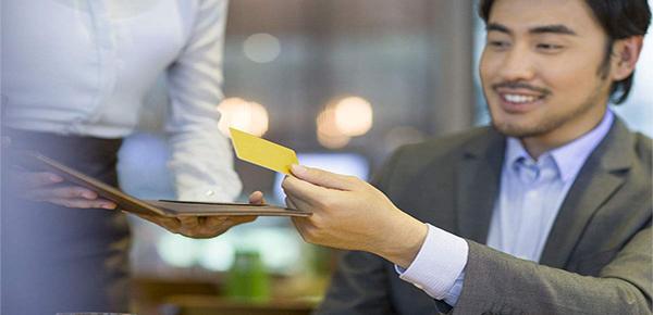 专为男士打造的招行GQ联名卡额度如何?权益多多速来了解!