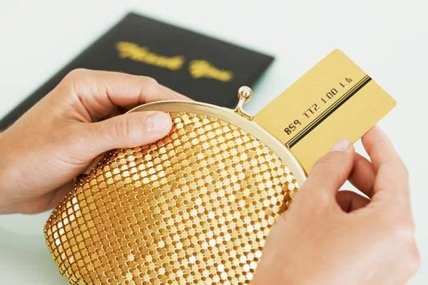 [信用卡降额]征信花了信用卡会不会降额及有哪些处理办法?试试这些方法~