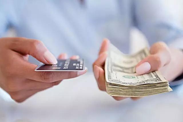 信用卡被异国盗刷22万 责任怎么分