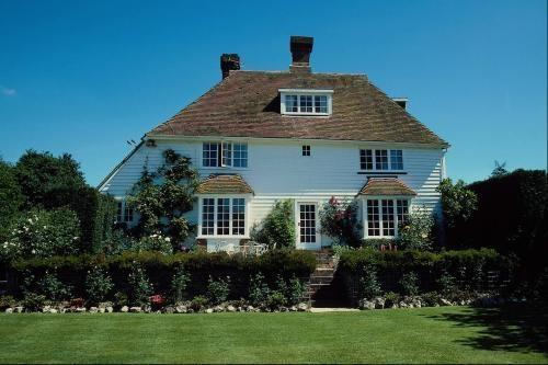 按揭贷款20年来买房,还的利息几乎等同于房价,这真的划算吗?