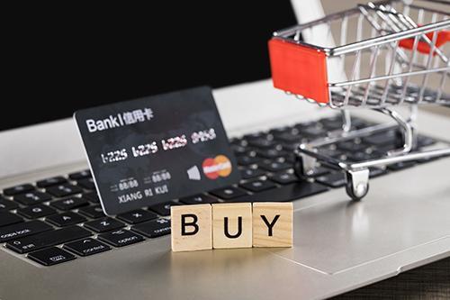 信用卡欠10万有什么后果?这一点很多人都没想到,太可怕了