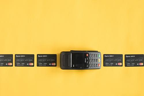 信用卡四大神卡你用过几个?