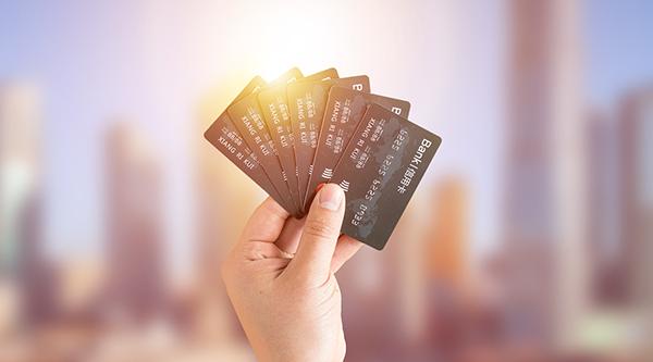 信用卡分期了还不上会有什么后果及该怎么办?可以试着这样做!