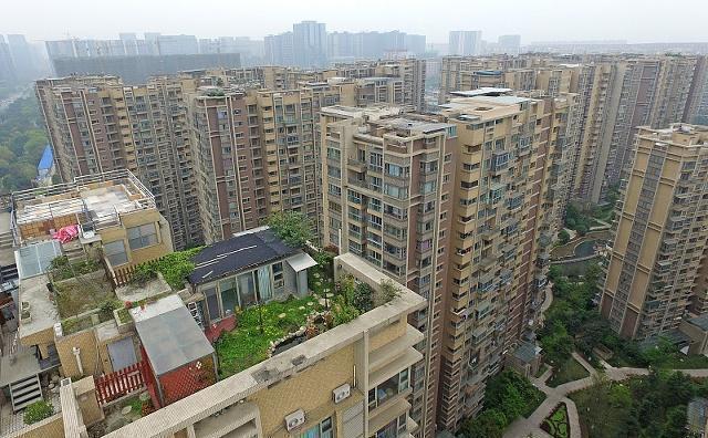 二线城市手里有50万现金,把钱首付买房还是存银行?看看这些建议