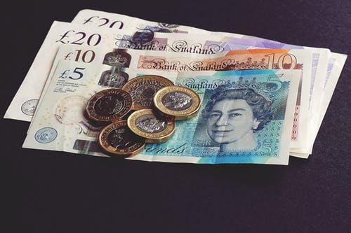 蜡笔超卡借款会上征信吗?蜡笔超卡放款要多久?