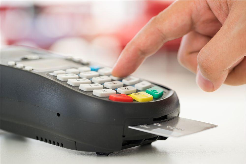 看电影用哪家银行信用卡?中信9元享看的最佳替代!