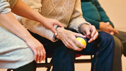 办理退休时社保还没有缴满15年有什么解决方法?