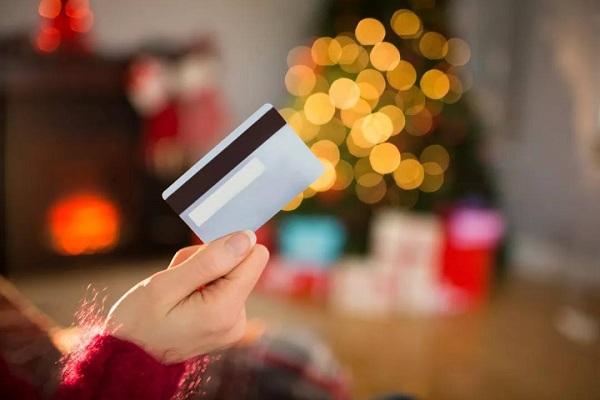 信用卡还款日到了可以推迟几天还款呢?这些事项务必要注意!
