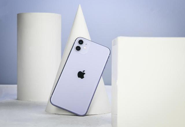 选iPhoneX还是iPhone11,实体店老板的这番话,说到心坎里去了