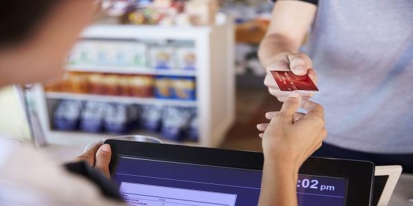 银行最讨厌的用卡方式,这么刷小心信用卡被降额!