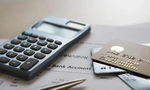 信用卡催收人员和负债人,到底谁更头疼?上门只是催收吗?