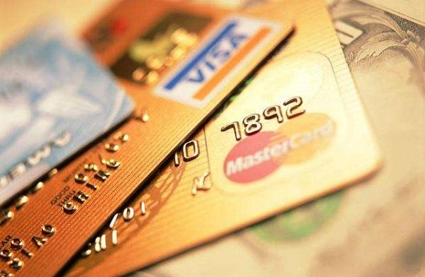 信用卡逾期被银行封卡怎么办?封卡后该如何解封呢?