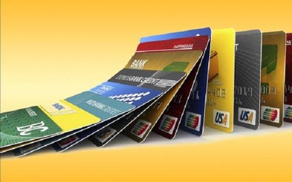 """哪个软件能帮信用卡提额?""""信用卡免费提额软件""""根本不存在!"""