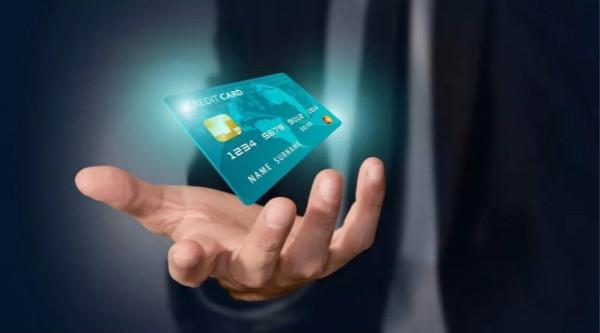 信用卡黑名单可以坐高铁吗 ?信用卡黑名单怎么消除?