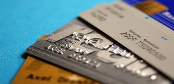 怎样提高信用卡申请成功率?秒批下卡技巧分享!