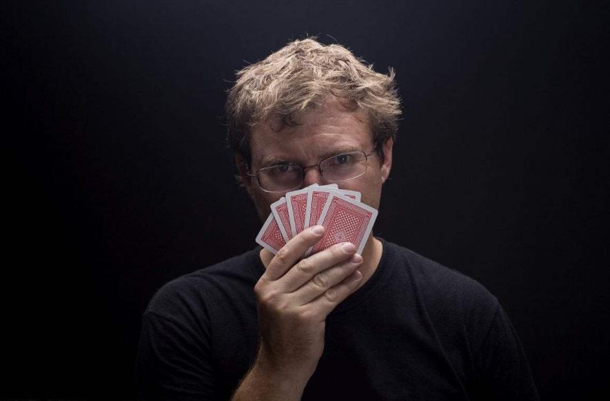 疯狂赌博,平凡的我半年输掉500万(上)