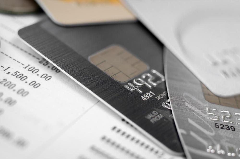 有网友研究了500多例信用卡犯罪案例,发现这些规律...