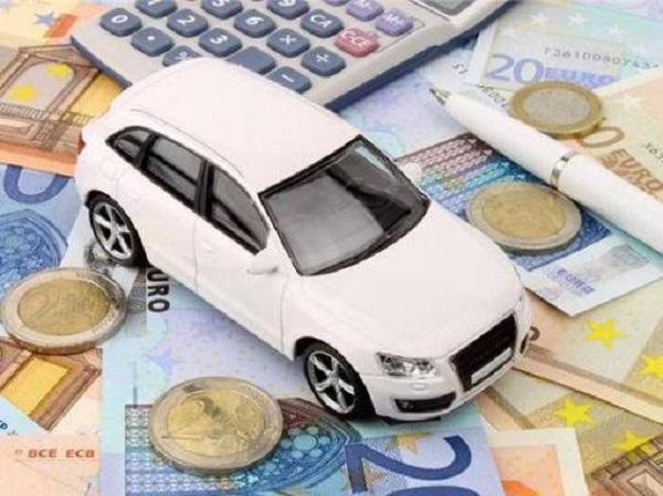 信用卡可以还车贷吗?具体要怎么还每个月的车贷呢?