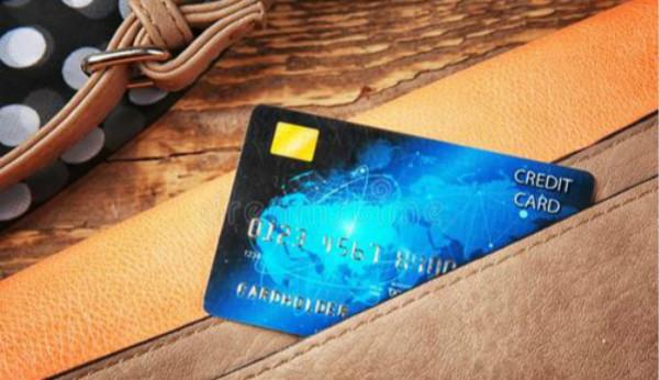 信用卡欠年费会影响征信吗?信用卡欠年费多年有什么补救办法?