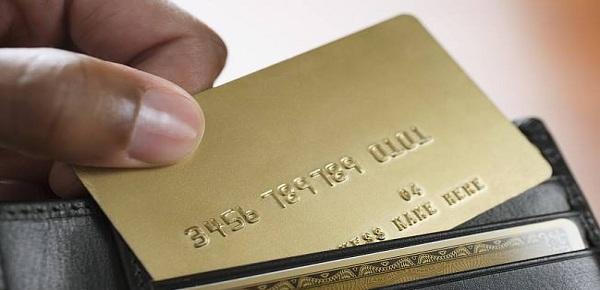 网贷逾期后会导致信用卡被封吗?信用卡被封卡该怎么处理?