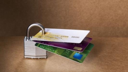 为什么申请信用卡被秒拒