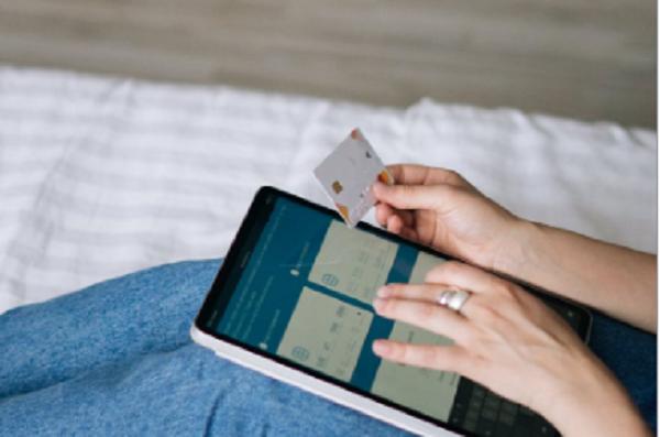 申请信用卡被秒拒?你一定有这几个征信问题!