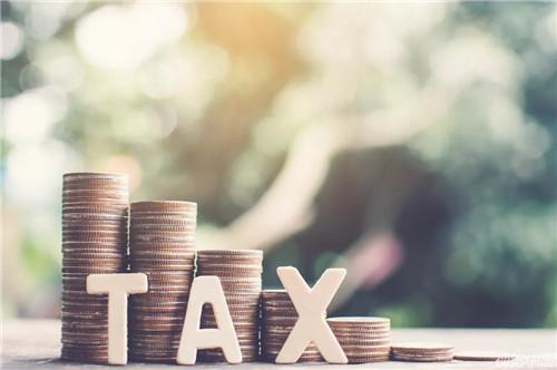 专家激辩:5000元个税免征额是否应再提高?